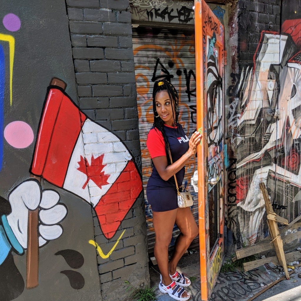 Kelsie Smoot Graffiti Alley Toronto